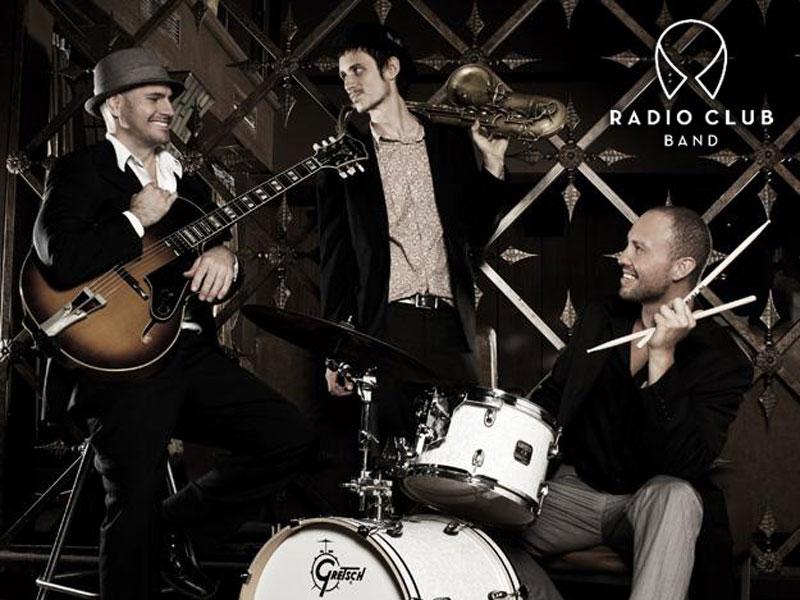 radio-club04